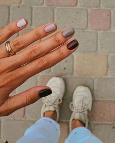 best winter nails ideas to wear this year 33 ~ my.me best winter nails ideas to wear t. Minimalist Nails, Cute Nails, Pretty Nails, Cute Fall Nails, Simple Fall Nails, Nails Ideias, Hair And Nails, My Nails, Short Gel Nails
