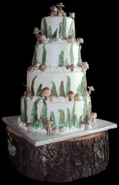 Earthy wedding cake.  Dots Cakes in Columbus Ohio.