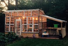 greenhouse-made-from-old-windows-8.jpg 700 × 473 bildepunkter