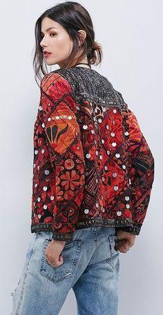 Embroidery dress boho bohemian free people 55 ideas for 2019 Hippie Style, Bohemian Style, Bohemian Fashion, Hippie Chic, Look Fashion, Fashion Art, Womens Fashion, Fashion Clothes, Fashion Boots