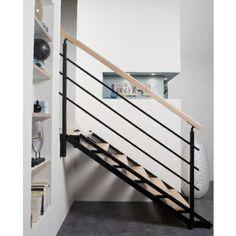 escalier lapeyre gain de place, idée merveilleuse, limon double en acier, marches en sapin