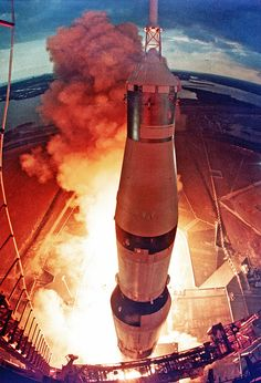 The launch of Apollo 11 on July - Nasa Missions, Moon Missions, Apollo Missions, Really Cool Photos, Apollo Space Program, Apollo 11 Mission, Space Launch, Space And Astronomy, Nasa Space