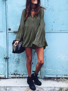 plissiertes Kleid mit V-Ausschnitt-armee grün