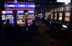 Women offered a steak dinner after slot machine said she won $43 million.  She was told he slot machine had malfunctioned.....