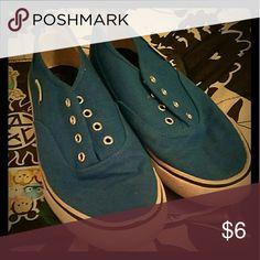 Blue Airwalks Size 5  Gently used Airwalk Shoes Sneakers