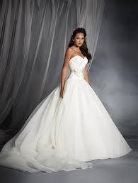 Resultado de imagen para vestidos de novia para verano
