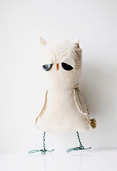 Hand sewn soft sculpture - Odessa the Owl. Beige and brown. Woodland, forest bird. Eco friendly.. €32.00, via Etsy.
