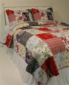 Emilia French Country Cottage Chic Quilt Set