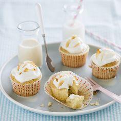 Tres Leches Cupcakes   Nestlé Recipes   ElMejorNido.com