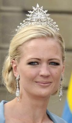 Princess Anna of Bavaria...check out the earrings too...