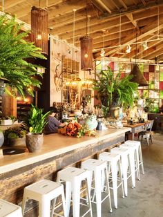 I stopped in at Rolling Greens on a whim the other day when I happened to be in West Hollywood. I hadn't been to the floral and interiors shop in years, and I'm so happy that I finally visited again; the shop is seriously stunning. The airy, open space is filled to the brim with brightly … Read more...