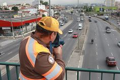 Haddad tira guardas do trânsito para cuidar de parques em São Paulo +http://brml.co/2clKTxi