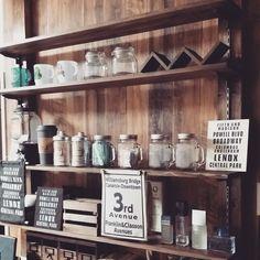 おうちCafeインテリア計画〜プチプラ商品のリメイクDIY!!〜: ディアウォールで作った棚に色々飾る!! #diy#wood#remake#セリア#100均#リメイク#interior#インテリア