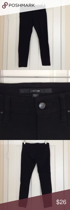 "Joes Jeans black knit stretch pants 5 pocket style. Size 27, with 26"" inseam on the hanger. Pants are designed to stretch so they will be longer when worn. Original hem. Gently worn without signs of pilling. No snags, stains, odors, pets. Please don't hesitate to reach out with any questions. Joe's Jeans Pants Leggings"