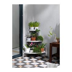 SOCKER Plantenstandaard IKEA Met een plantenstandaard kan je overal in huis planten neerzetten.