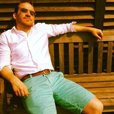 Steve taking a lunchtime snooze in his vintage chino shorts #Boden #SummerStyle