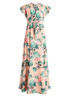 Soft pink maxi dress with a floral tropical pattern, short sleeves, pleated details at the front and a deep V-neckline. Fitted. Zip closure. Total length is 147 cm and back width is 39 cm. Our model is 177 cm tall and wears a size 36. Product ID M3221CAAK-J11