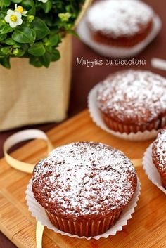 Muffins cu ciocolata Bacon Chocolate, Diet Breakfast, Nom Nom, Muffins, Cupcake, Lunch, Weight Loss, Candy, Drink