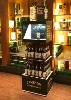 Brand storytelling via a holographic projection retail display unit that greatly increases dwell time and purchase consideration. Promoting a 2016 limited edition bottle for Jameson Whiskey. Animated content and display unit created by www.lickcreative.com