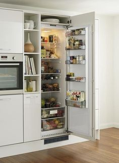 kitchen built in fridge Kitchen Larder, Kitchen Tops, New Kitchen, Kitchen Dining, Kitchen Ideas, White Kitchen Cabinet Doors, Gloss Kitchen Cabinets, Kitchen Wall Units, Bar Grill