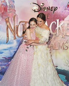 """Mackenzie Foy and Keira Knightley attend the European Premiere of Disney's """"The Nutcracker And The Four Realms"""" at Vue Westfield on November 2018 in London, England. Get premium, high resolution news photos at Getty Images Mackenzie Foy, Tween Fashion, Fashion Outfits, Keira Knightley Style, Disney Kingdom Hearts, Bridesmaid Dresses, Wedding Dresses, Celebs, Celebrities"""