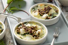 ovenschotel - spinazie, eieren, ... - Verwarm de oven voor op 180 °C.