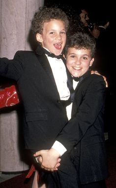 """Acting is already a competitive business, so things could've gotten super awkward in the Savage household during the '90s with the stars of """"The Wonder Years"""" and """"Boy Meets World"""" living under the same roof. But """"The Wonder Years"""" star Fred Savage, whose new Fox sitcom, """"The Grinder"""", debuts tonight, says there was absolutely no sibling rivalry between him and little brother Ben Savage, who starred on BMW."""