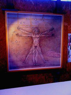 L'homme de Vitruve, série antique Tempera grasse sur bois et polymère sur Altuglas sous cadre Dim 110 X 110  By Thierry Portal