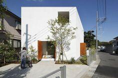 Takeshi Hosaka's natural light Inside Out House