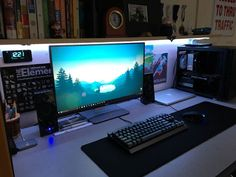 I summon thy pc master race. Looking for a new monitor. and if possible oled, qled or something similar. Budget is around Master Race Gaming Computer Setup, Simple Computer Desk, Gaming Room Setup, Pc Desk, Computer Technology, Office Games, Office Setup, Pc Setup, Nerd Room