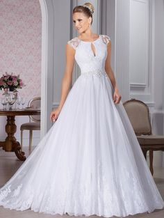 Princess Style Wedding Dresses With Short Sleeves