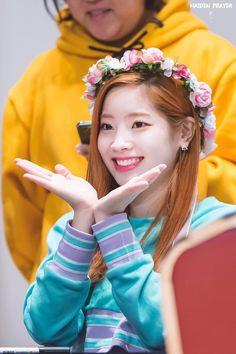 Twice-Dahyun Kpop Girl Groups, Korean Girl Groups, Kpop Girls, Nayeon, Rapper, Twice Dahyun, Twice Kpop, Hirai Momo, Kim Jaehwan