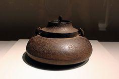《二重肩釜》、天明、室町時代、16世紀 栃木県立博物館