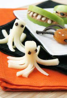 Cheese stick ghosts - great healthy treat for Halloween