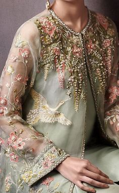 Bridal Couture Pakistani Outfit 41 Ideas For 2019 Couture Embroidery, Embroidery Fashion, Pakistani Outfits, Indian Outfits, Designer Wear, Designer Dresses, Do It Yourself Fashion, Fashion Details, Fashion Design