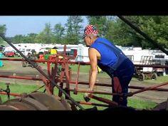 ▶ Michigan Steam Engine and Threshers Club - YouTube
