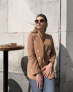 Coat, Jackets, Fashion, Moda, Fashion Styles, Peacoats, Coats, Fashion Illustrations, Jacket