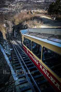 America's Most Amazing Mile, Chattanooga, TN, USA - Lookout Mountain Chattanooga Tennessee, East Tennessee, Great Places, Places To See, Beautiful Places, Vacation Destinations, Vacation Spots, Vacations, Train Travel