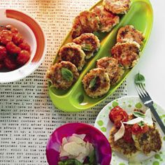 Cauliflower fritters with tomato & spinach
