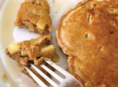 lillyella: In the Kitchen: Whole Wheat Apple Cinnamon Pancakes