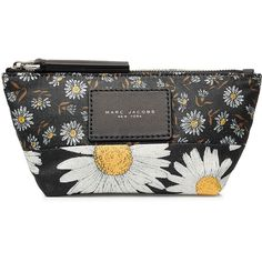 Marc Jacobs Fabric B.Y.O.T. Mixed Daisy Pouch ($56) ❤ liked on Polyvore featuring bags, handbags, clutches, multicolor, marc jacobs handbags, daisy handbag, multi colored purses, colorful clutches and multi color handbag