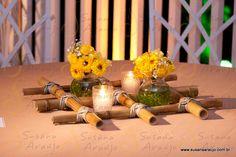 Centro de mesa com bambu