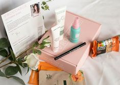 The beauty industry seems to be swamped with beauty boxes and it can be hard to know which ones are worth spending your money on. I've tried a few different beauty boxes in the past and I have to say Roccabox Beauty Box is one of the best I have seen. Kind Breakfast Bar, Lavender Body Lotion, Beauty Box Subscriptions, Have You Tried, Beauty Industry, Travel Size Products, The Past, October, Boxes