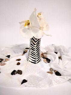 Black And White Vase Flower Vase Modern Vase Pottery Vase Black White Vase  Black Vase Gift For Mum Hand Painted Vase Handmade Pot