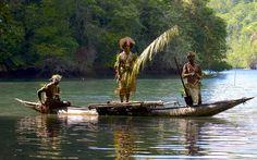Papua New Guinea photo gallery Kitty Face Paint, Dugout Canoe, Outrigger Canoe, Face Painting Tutorials, Paris Photography, Dark Fantasy Art, Borneo, Papua New Guinea, Black And Grey Tattoos