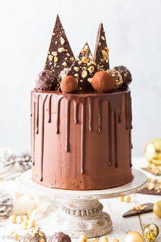 Vegan Chocolate Frosting, Vegan Chocolate Truffles, Vegan Vanilla Cake, Vegan Frosting, Chocolate Truffle Cake, Chocolate Chip Cookie Cake, Flourless Chocolate Cakes, Vegan Cake, Chocolate Desserts