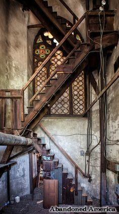 derelictmetropolis: (via st. bernadette cathedral church philadelphia pa - matthew christopher murray's abandoned america) Abandoned Churches, Abandoned Property, Old Churches, Abandoned Mansions, Abandoned Places, Stairway To Heaven, Haunted Places, Place Of Worship, Old Buildings