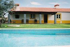 Turismo Rural - Vila histórica de Marvão - Alto Alentejo Quinta da Casa das Amoras é um espaço destinado para cada reserva (ter privacidade e exclusividade)em pleno parque natural da serra d...