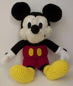 DIY crochet Mickey Mouse pattern- very neat!