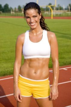 A picture of Amber Elizabeth Fournier. This site is a community effort to recognize the hard work of female athletes, fitness models, and bodybuilders. Easy Weight Loss, Healthy Weight Loss, Yoga Fitness, Fitness Inspiration, Fitness Motivation, Fitness Models, Girls With Abs, Short Torso, Sexy Girl